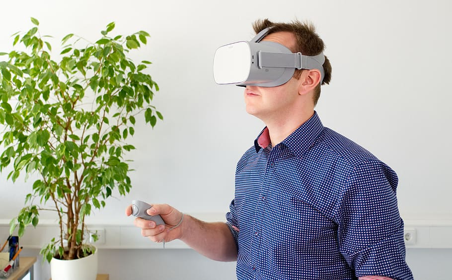 Augmented Reality in the working world